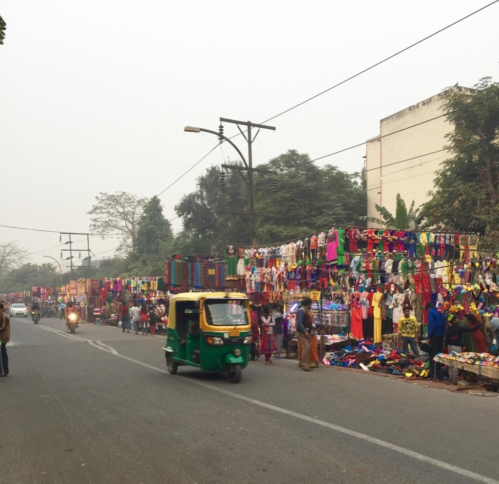 bazaar saket