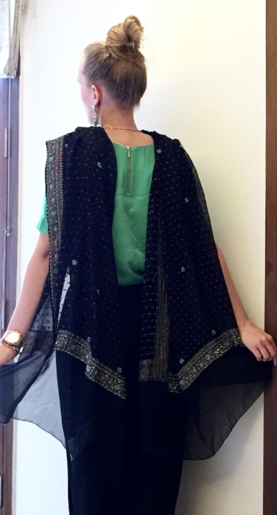 dupatta outfit