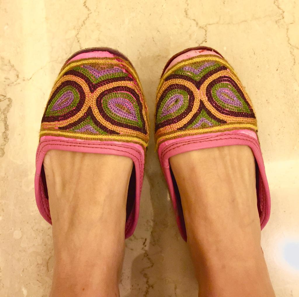 Ethnic slippers