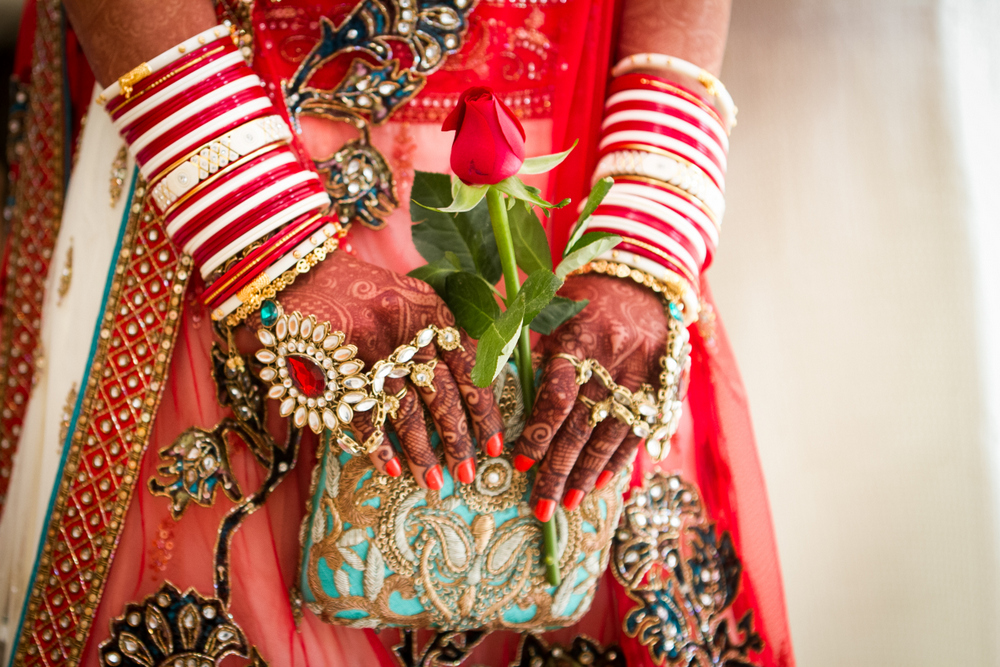 indian-bridal-clutch