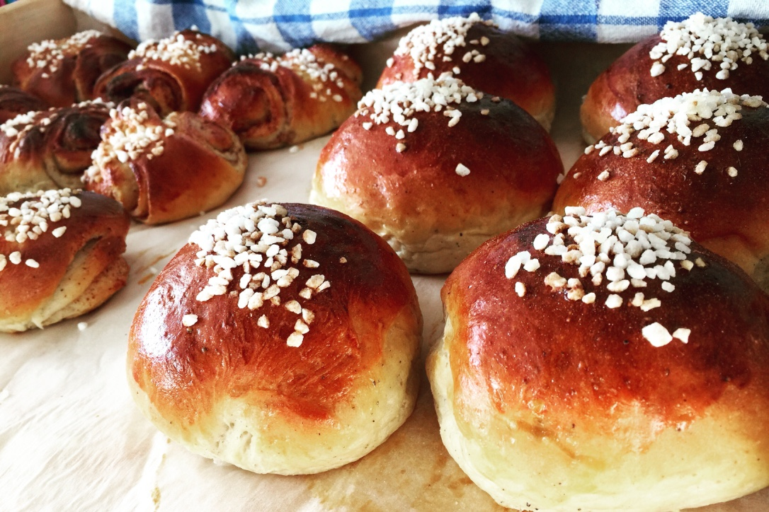 Pulla (Finnish buns and cinnamon buns) made by mom