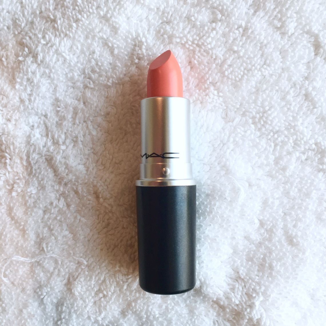 Mac Satin Lipstick in Sushi Kiss