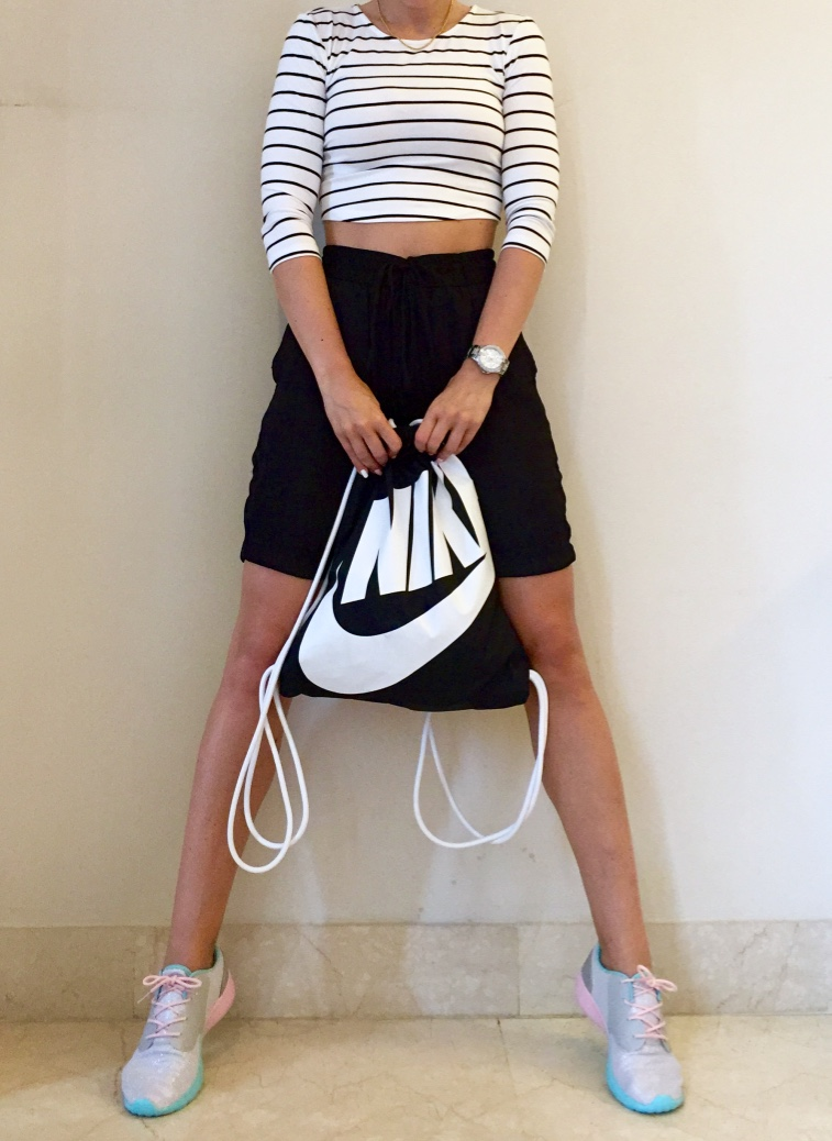 Sporty outfit with cute sneaks