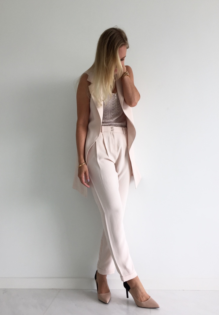 Nude waistcoat