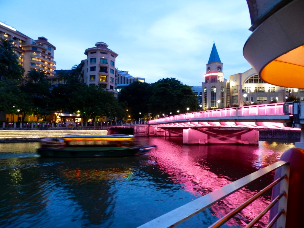 River Cruise Singapore at Clarke Quay