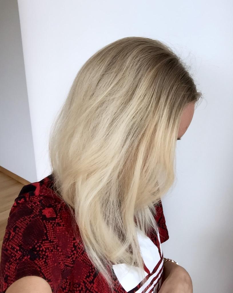 Blonde Boudoir before photo2
