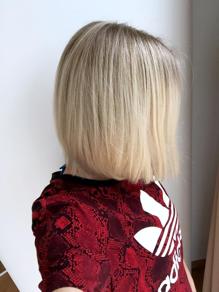 Blonde Boudoir cold blonde bob hairstyle4