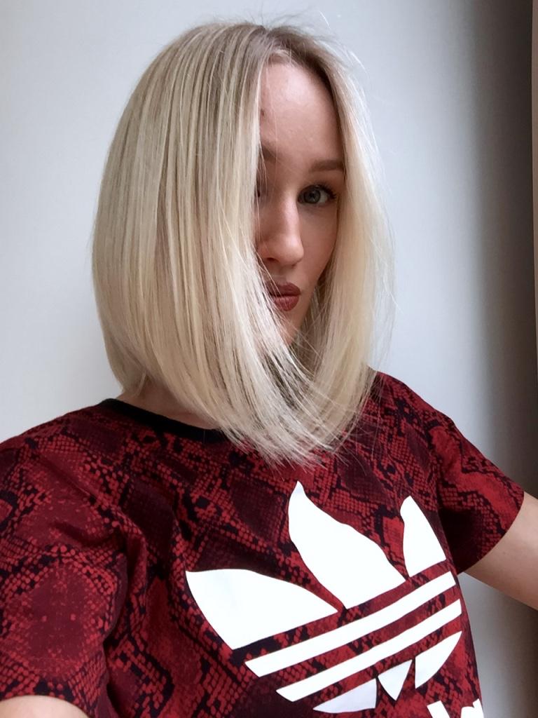 Blonde Boudoir cold blonde bob hairstyle5