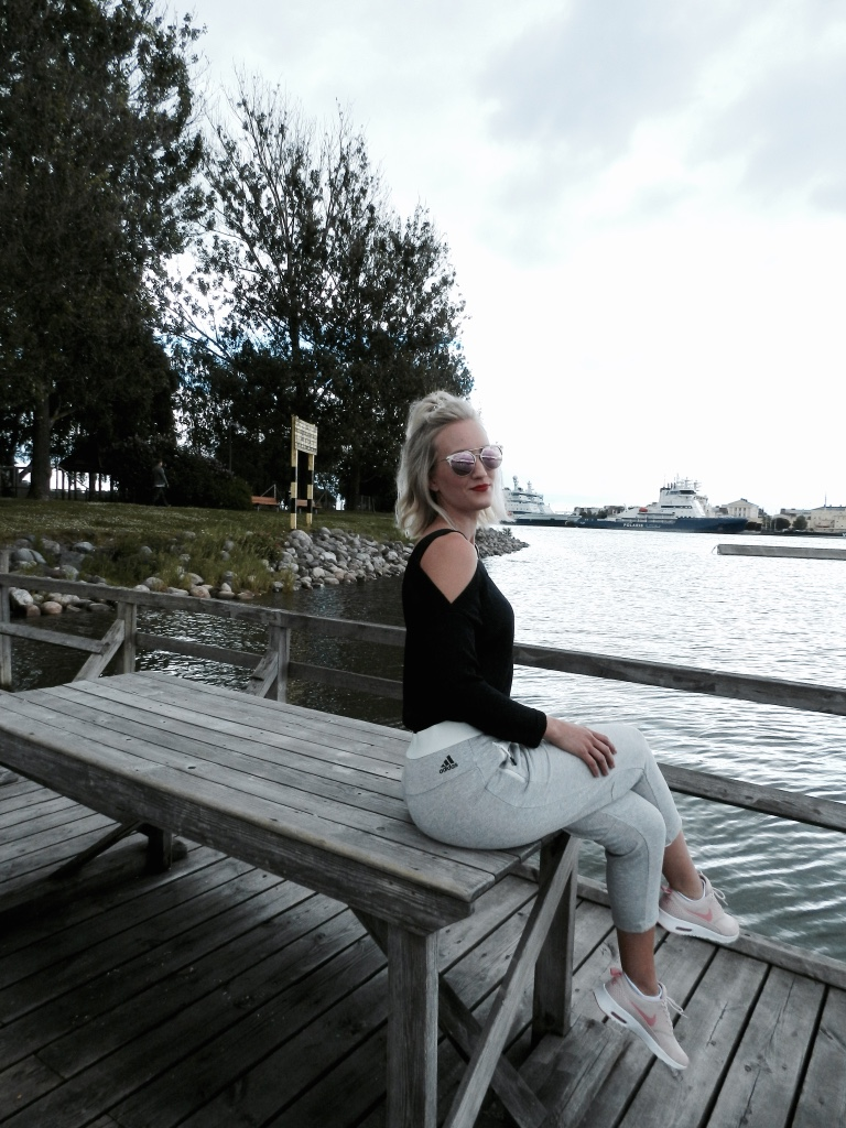 Findianlife fashion blogger finnish outfit