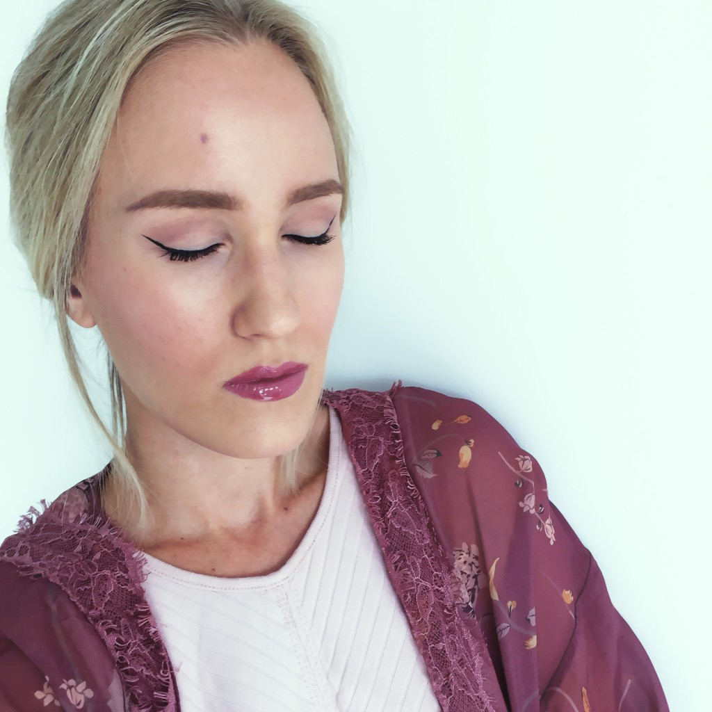 Caleidoscope Lips with K.Godfroy and Bare Minerals makeup look blog Findianlife