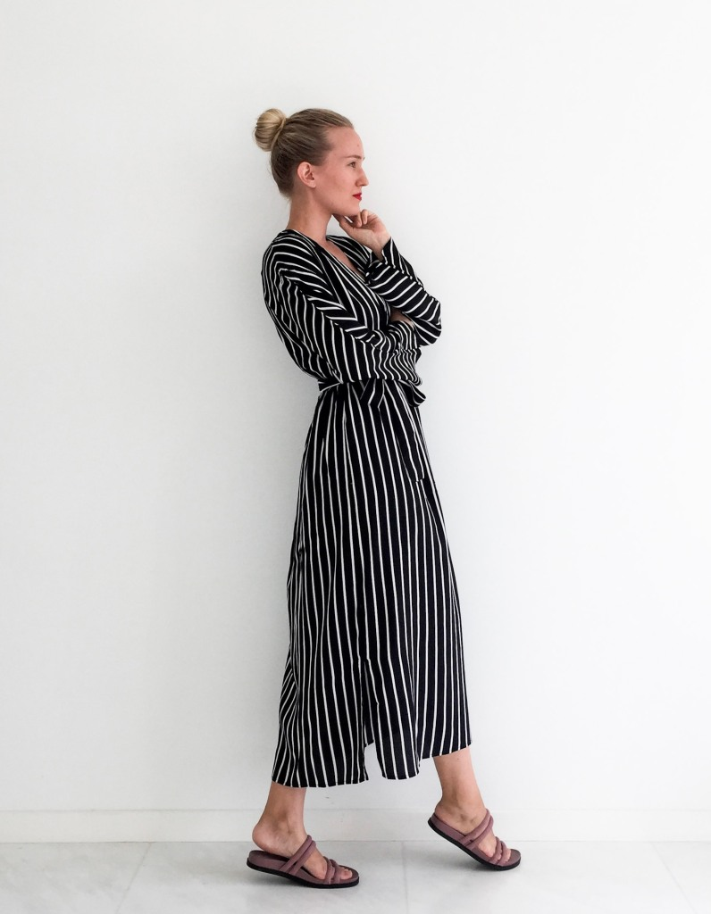 Mango graphic black and white striped dress ootd