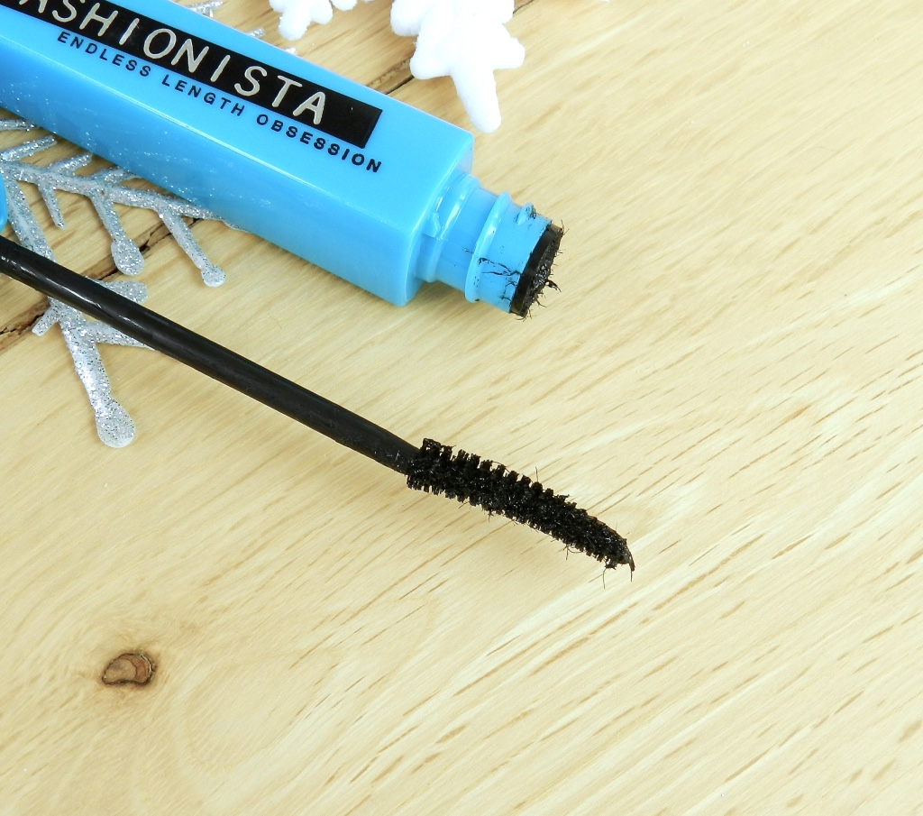 Maybelline Lashionista mascara review blog Findianlife