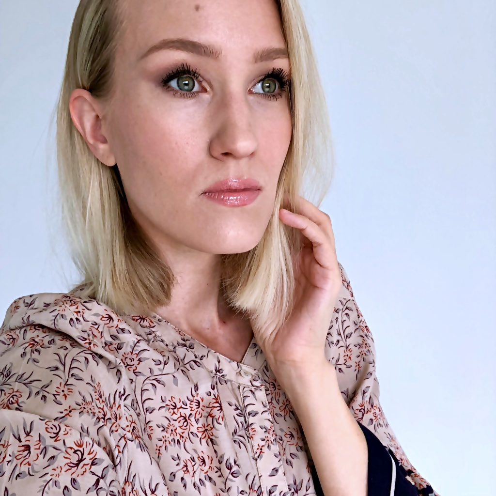 Margot Robbie inspired Makeup Look blog Findianlife