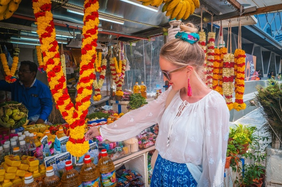 Authentic bazaar shopping in Little India Singapore